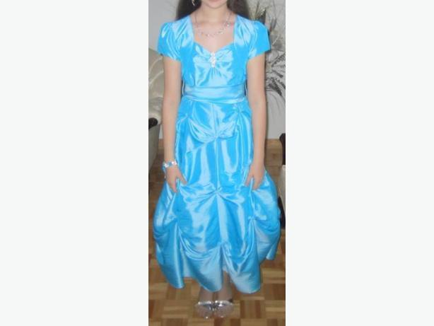 AUBAINE /BARGAIN!! Jolie robe bleue élégante de taille 14 avec b