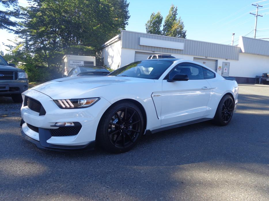 2016 Ford Shelby Gt350 Outside Victoria Victoria