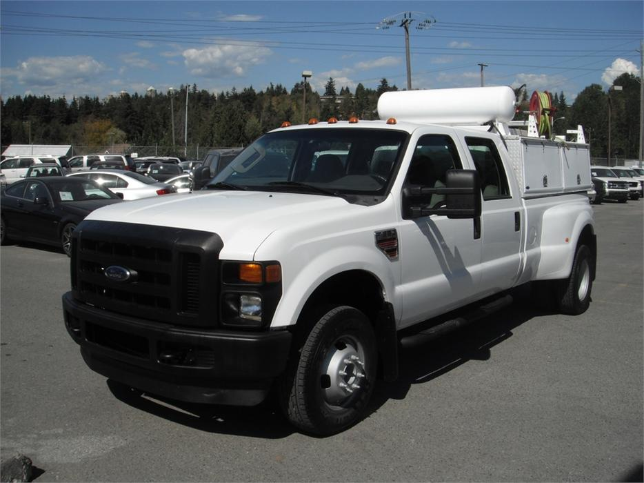 2008 ford f 350 sd diesel crew cab dually long box 4wd with air compressor outside comox valley. Black Bedroom Furniture Sets. Home Design Ideas