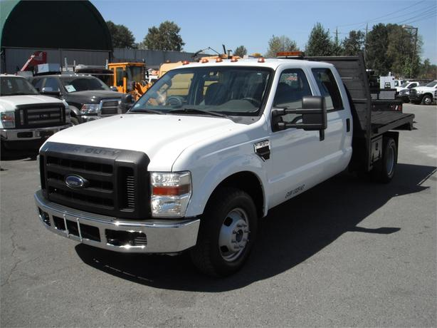 2008 ford f 350 sd xl crew cab dually flatdeck diesel 2wd outside comox valley campbell river. Black Bedroom Furniture Sets. Home Design Ideas