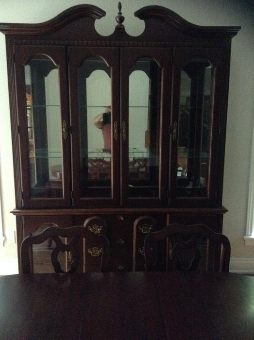 Solid wood buffet and hutch made in canada gatineau for Dining room hutch canada