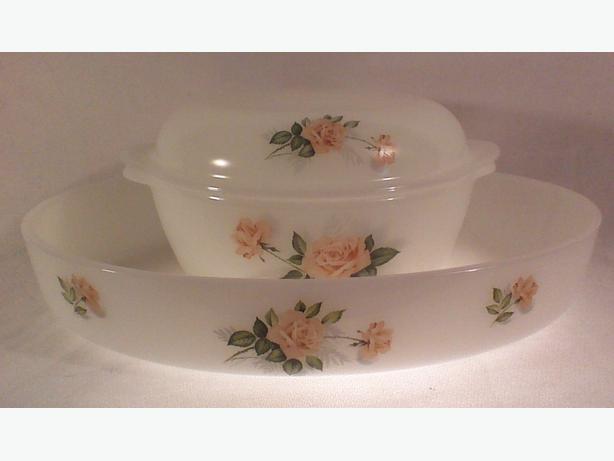 Arcopal Peach Roses casseroles