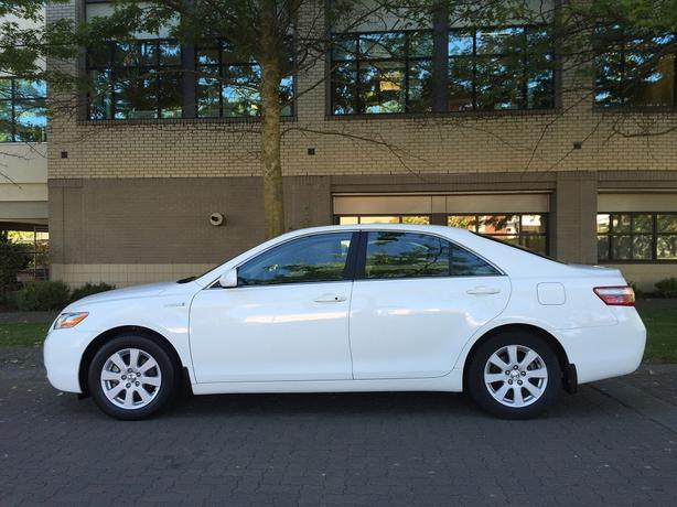 2007 Toyota Camry Hybrid - 69,*** KM! - FULLY LOADED!
