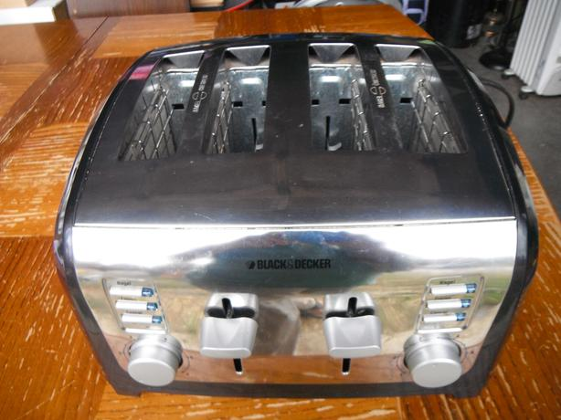 Black & Decker 4 slice toast & bagel toaster