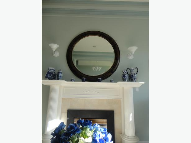 LARGE wall mirror   52 inches in diameter