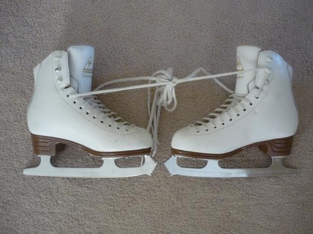 Jackson Classique Figure Skates - Size 3
