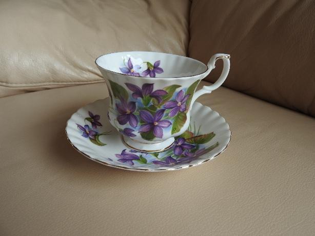 Teacup/Saucer - Purple Violet