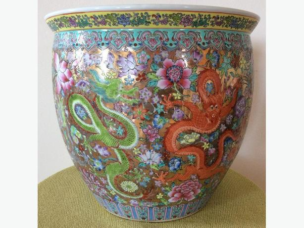 LARGE OLDER ORIENTAL FLOWER JARDINIERE ( POT ) - DRAGON THEME