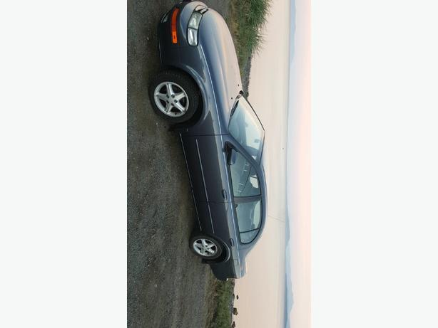 99 Nissan maxima *GREAT Condition 2500obo