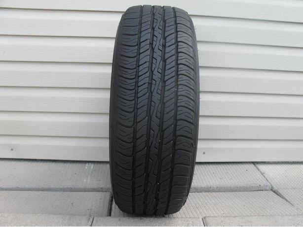 ONE (1) DUNLOP SIGNATURE TIRE /195/65/15/ - $25