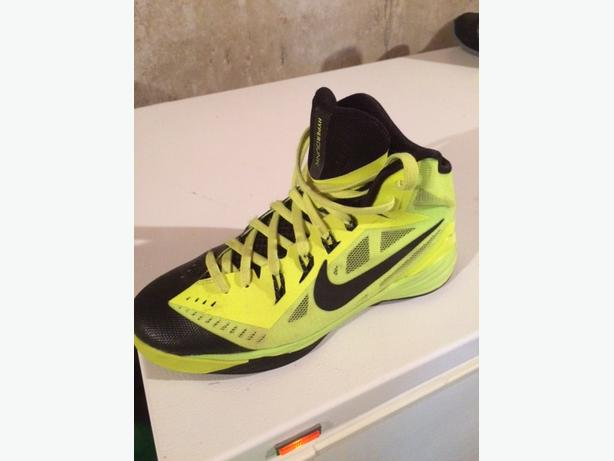 Nike Hyperdunk Basketball Shoes