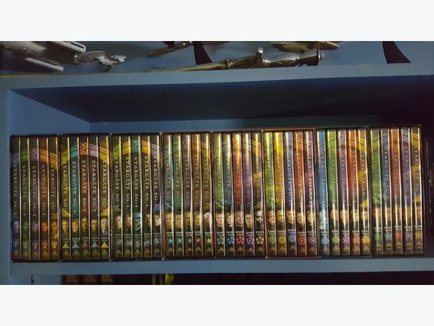 Stargate SG1 seasons 1-8 boxsets