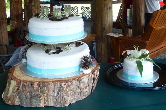 wedding cakes ottawa valley 2 tier wedding cake with log base saanich 25210