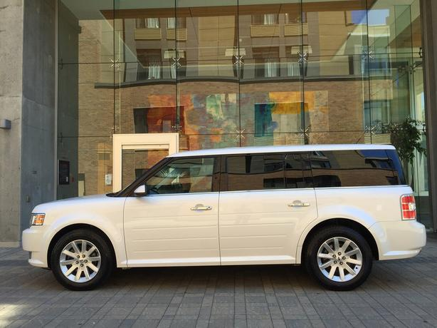 2011 Ford Flex SEL - ON SALE! - FULLY LOADED! - 3RD ROW SEATING!