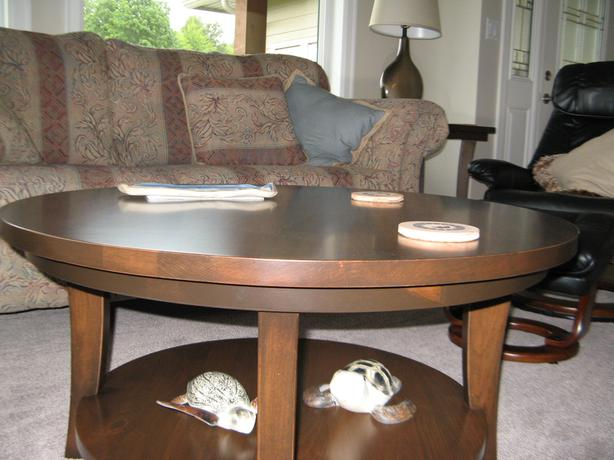 Coffee table 2 matching end tables lake cowichan cowichan Matching coffee table and end tables