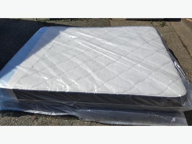 New Simmons Beautyrest Alton Queen Mattress