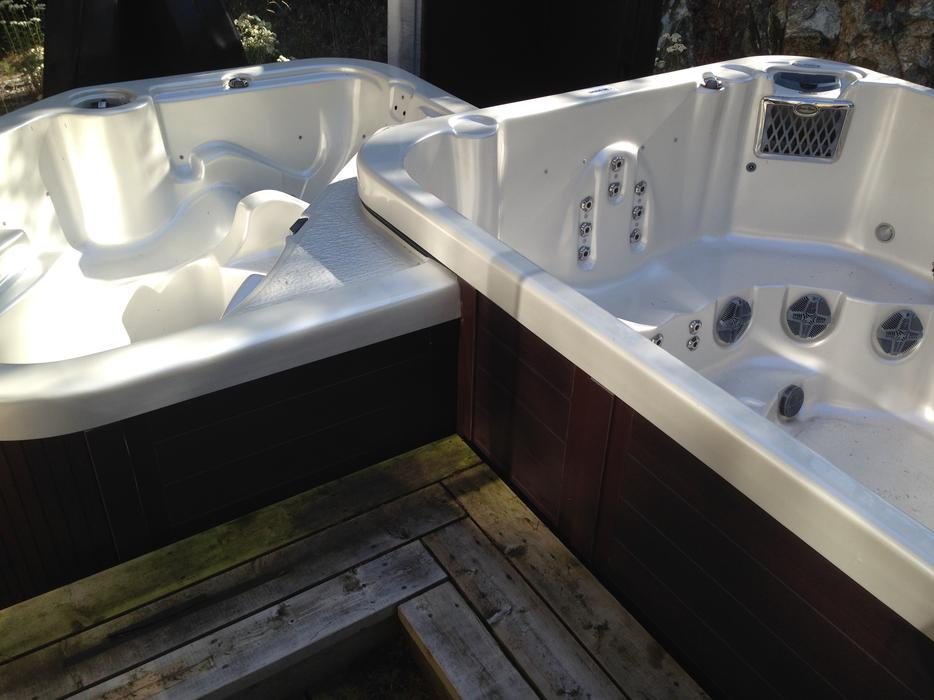 Swim Pool Spa Hot Tub Combo 20 500 Outside Comox Valley Campbell River