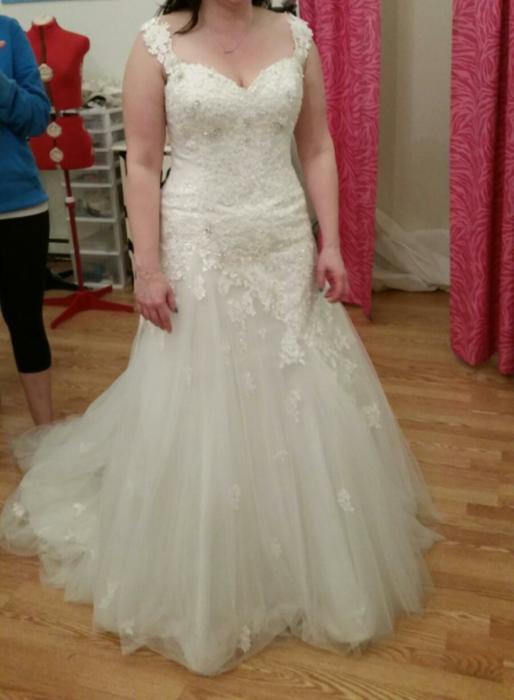 Sophia tolli wedding dress esquimalt view royal for Used wedding dresses victoria bc