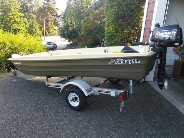 Jon Boat with Motor,  Trailer & more...