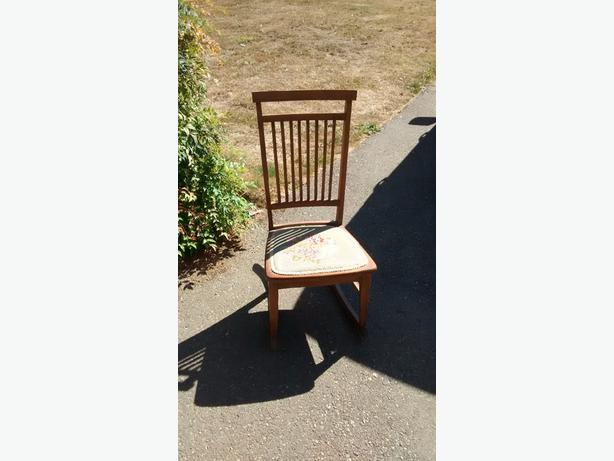 Very Very old rocking chair
