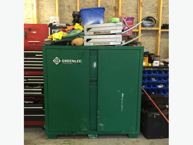 Greenlee Standup Double Door Job Box