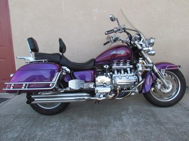 Motorcycle For Sale Honda Valkyrie 1997 61,000 KMS $5500