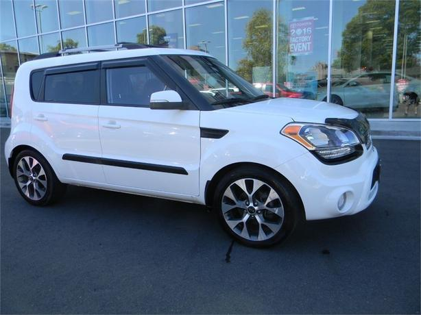 2013 Kia Soul 4u RETO PACKAGE ONE OWNER LOCAL VICTORIA FULL SERV