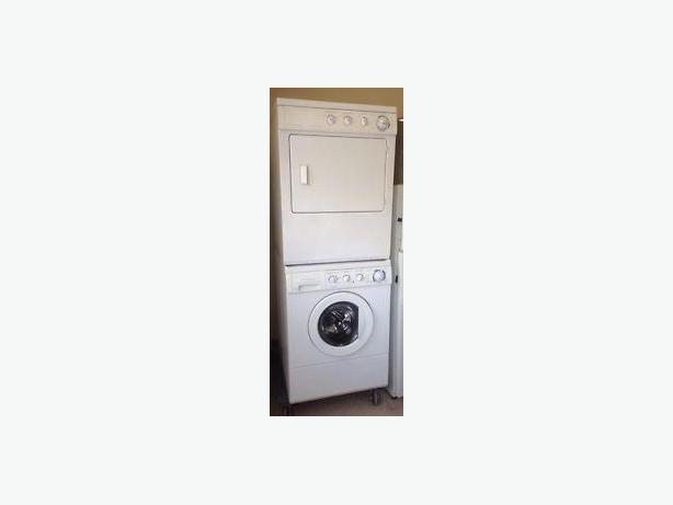 Frigidaire Laundry Set