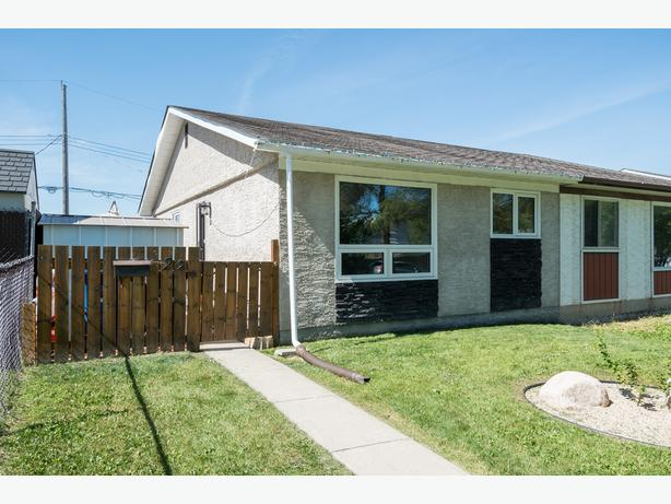 Updated Three Bedroom Bungalow in East Transcona - Jennifer Queen