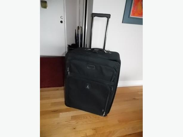"TravelPro 27"" Crew Suitcase"
