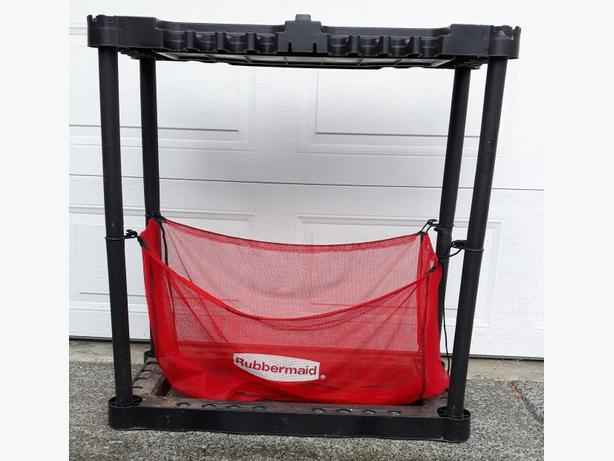 Rubbermaid sports organizer