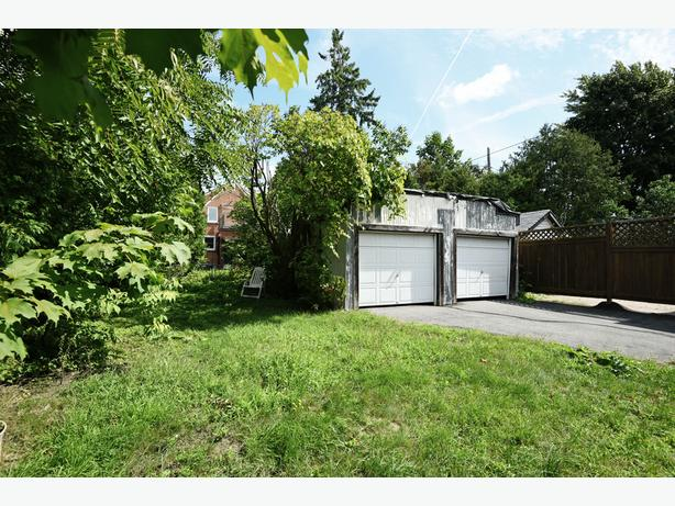 2 BEDROOM BUNGALOW IN QUIET SANDY HILL CLOSE TO EVERYTHING!