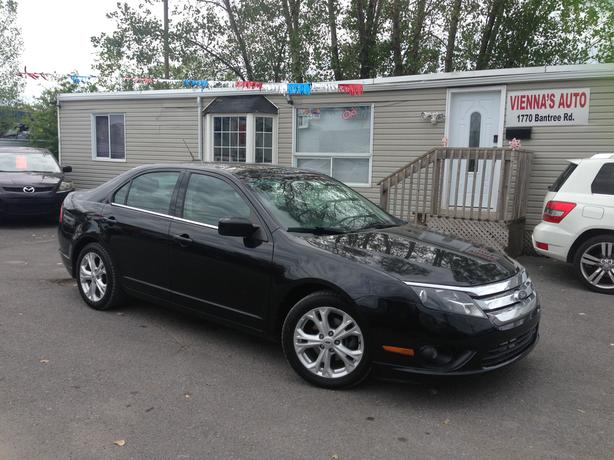 2012 Ford Fusion SE - Extra clean - Automatic - Certified