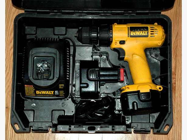 DeWALT 907 Cordless Drill