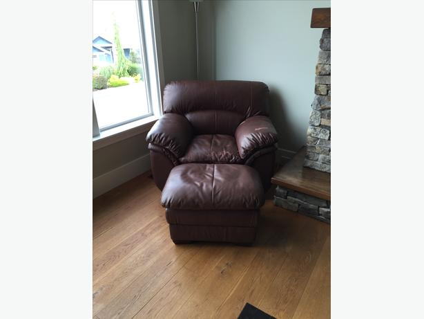 Leather Loveseat Sofa and Leather Chair
