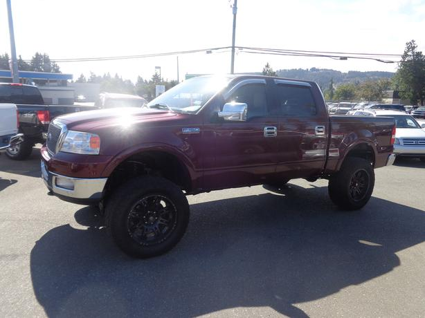 2004 ford f150 xlt 4x4 super crew lariat lifted central nanaimo nanaimo. Black Bedroom Furniture Sets. Home Design Ideas