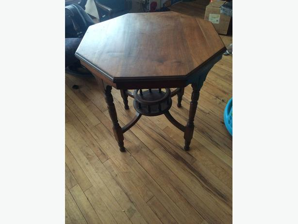 Antique octogonal table