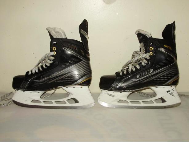 Bauer supreme hockey gear