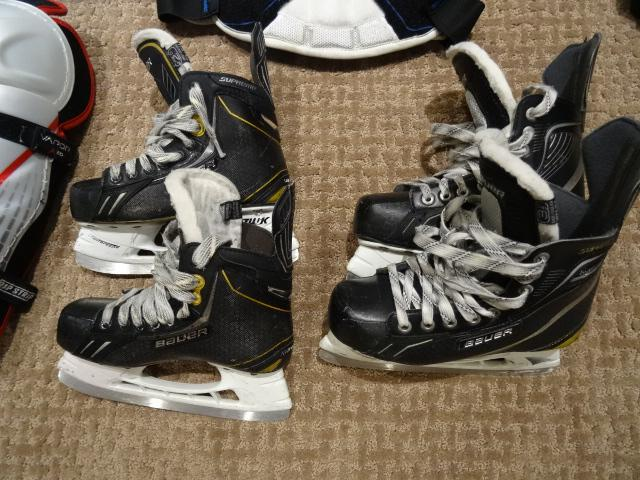 Kids hockey equipment - assorted stuff - fits 8 to 13 yr ...