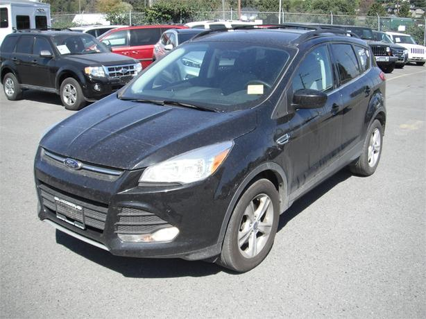 2014 ford escape se ecoboost 4wd outside comox valley courtenay comox. Black Bedroom Furniture Sets. Home Design Ideas