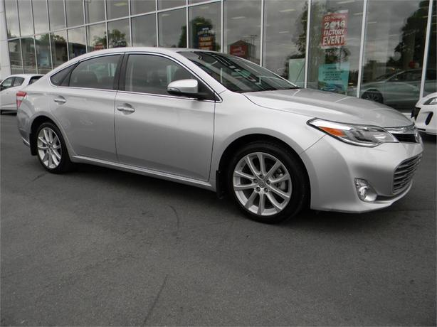 2014 Toyota Avalon Limited NO ACCIDENTS ONE OWNER
