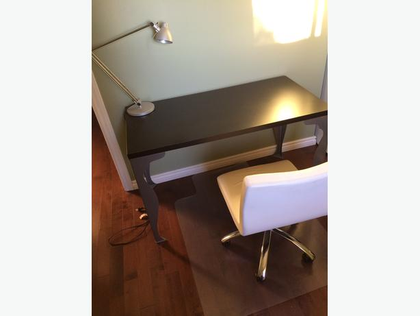 Desk, Chair, Plastic chair mat and lamp for sale