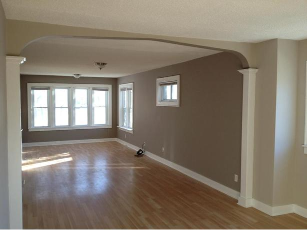 Bright and spacious 3 bd open concept charcacter home