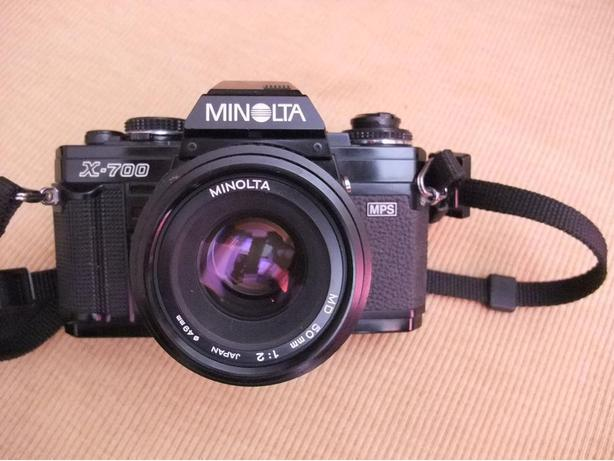 Minolta X-700 film camera w. 50mm 2.0 lens, excellent condition