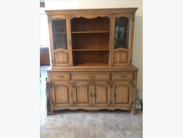 Hutch Buffet Dining Set Campbell River Comox Valley