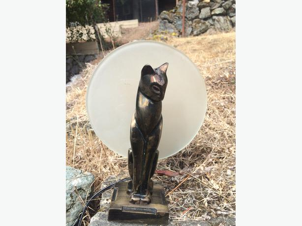 Bronzed Art Deco cat lamp