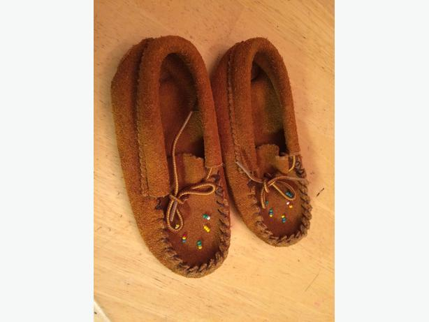 Children's moccasins 14 cm long