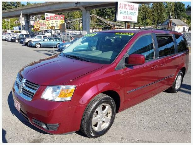 2009 Dodge Caravan SXT, only 97K's with DVD player and Stow-N-Go