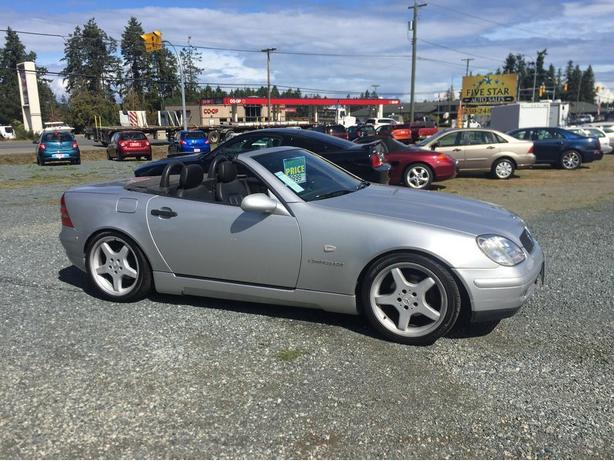 1999 Mercedes-Benz SLK 230  Convertible, Very Low Kms 104,579