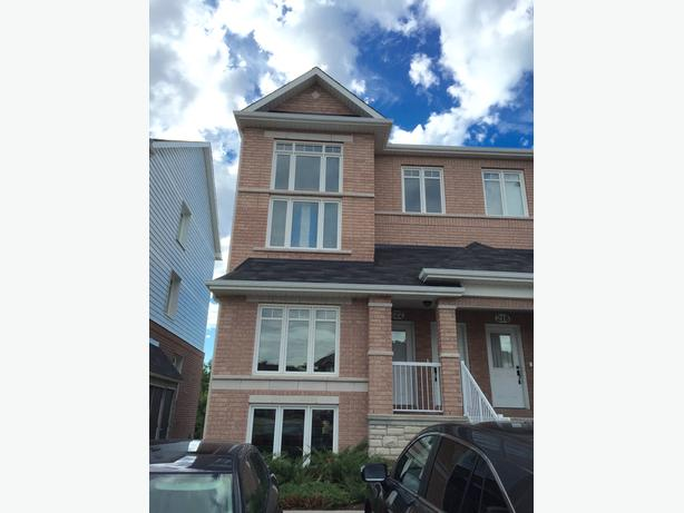 End Unit Stacked Condo with loft + 2 bedroom backing onto Ravine